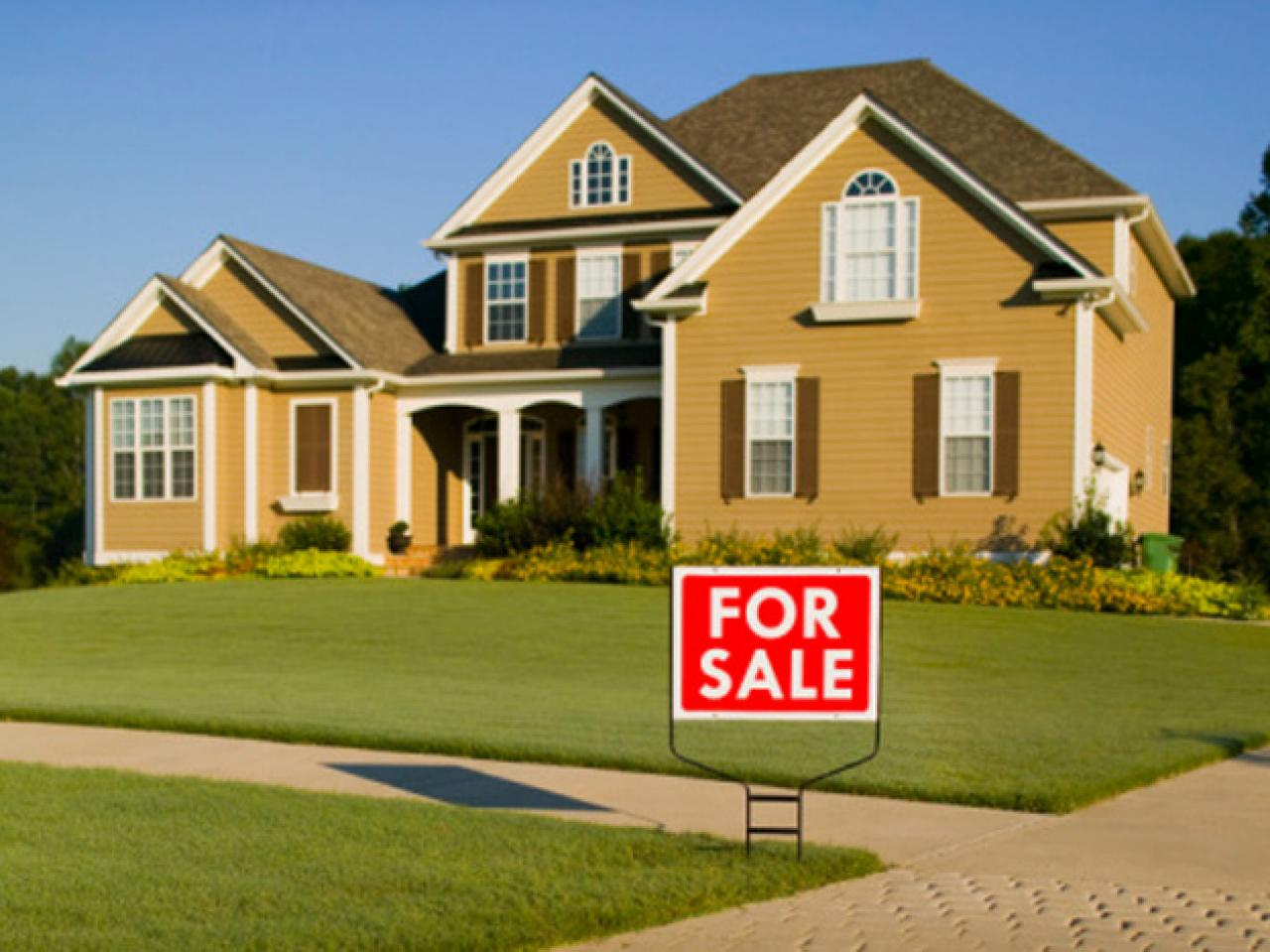 Real Estate Signage That Sells Property In No Time